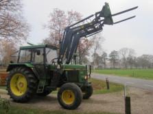 JOHN DEERE tractor (type 3140, VCE, STOLL voorlader)