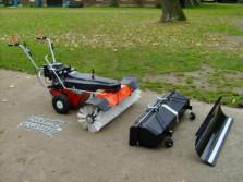 Nieuwe LIMPAR 122 VARIO veegmachine met HONDA motor