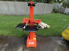 Nieuwe GTM houtklovers (type GTL8000, kloofkracht 7 ton)